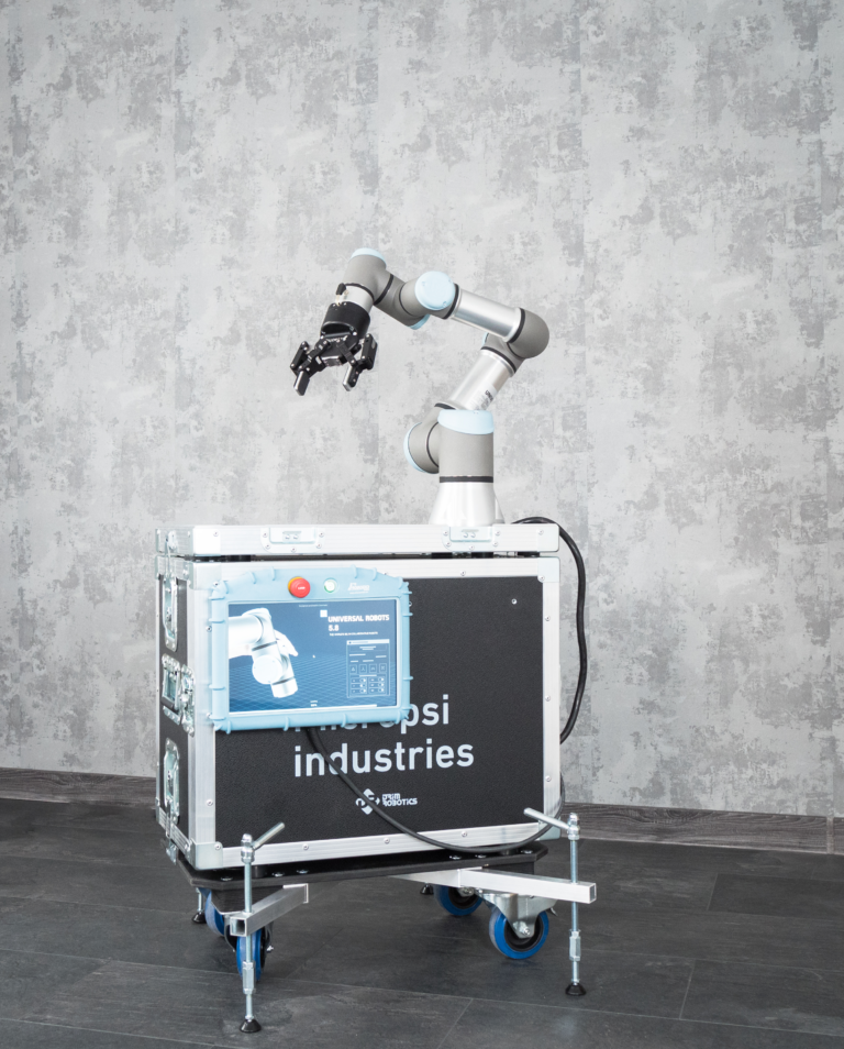 programowanie robotów comau